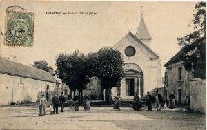 Charny place de l'église